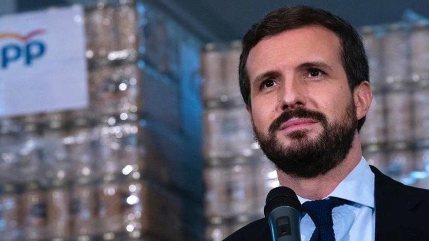 """Casado pide a ERC que 'armonice' ahorrando en """"embajadas y sueldos públicos"""""""