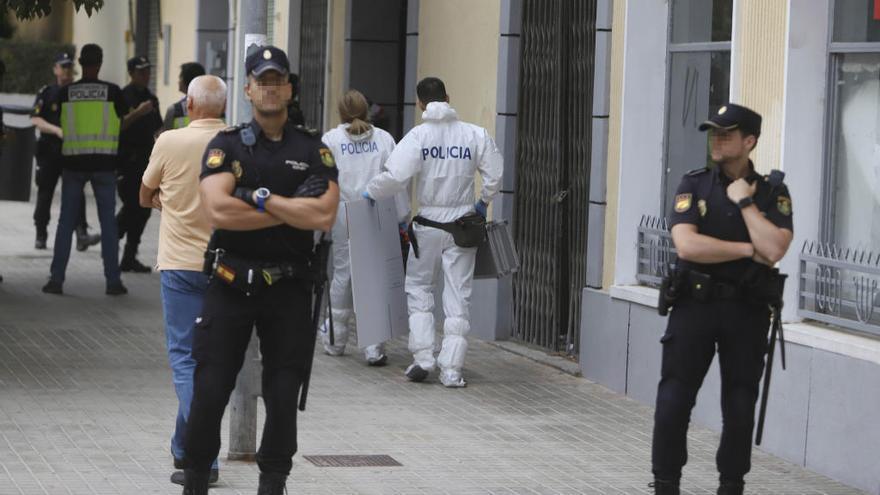 Detenido por el asesinato a puñaladas de su mujer embarazada en Xàtiva