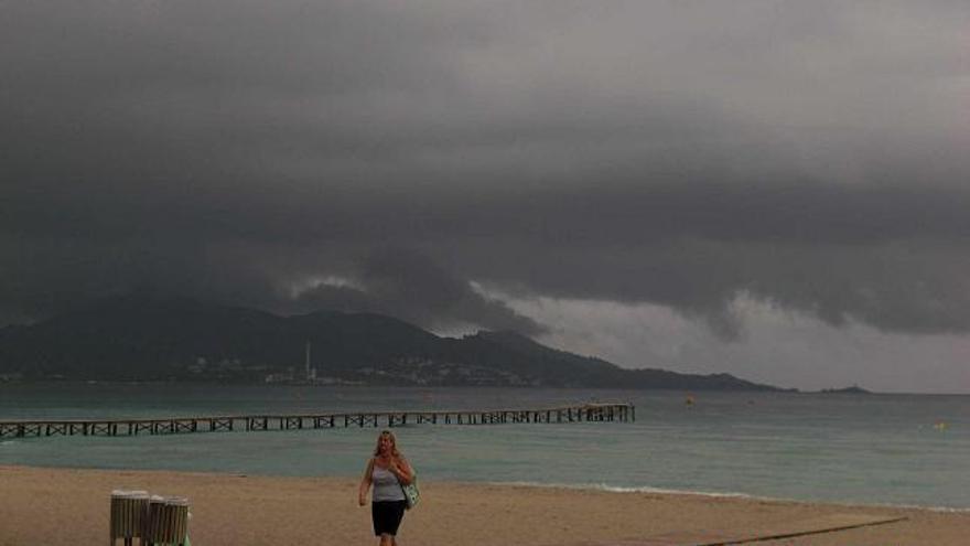 Predicción meteorológica para hoy domingo en Baleares: cielo nuboso y temperaturas con pocos cambios