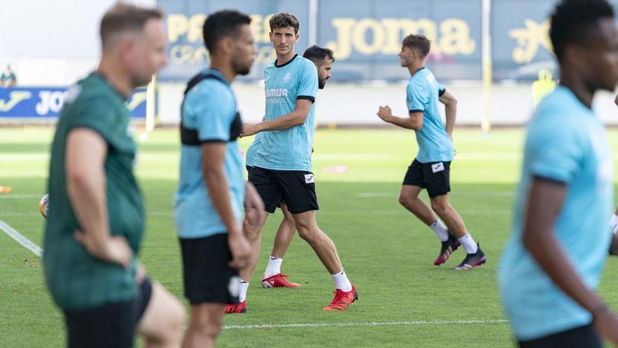 Pau Torres vuelve a los entrenamientos