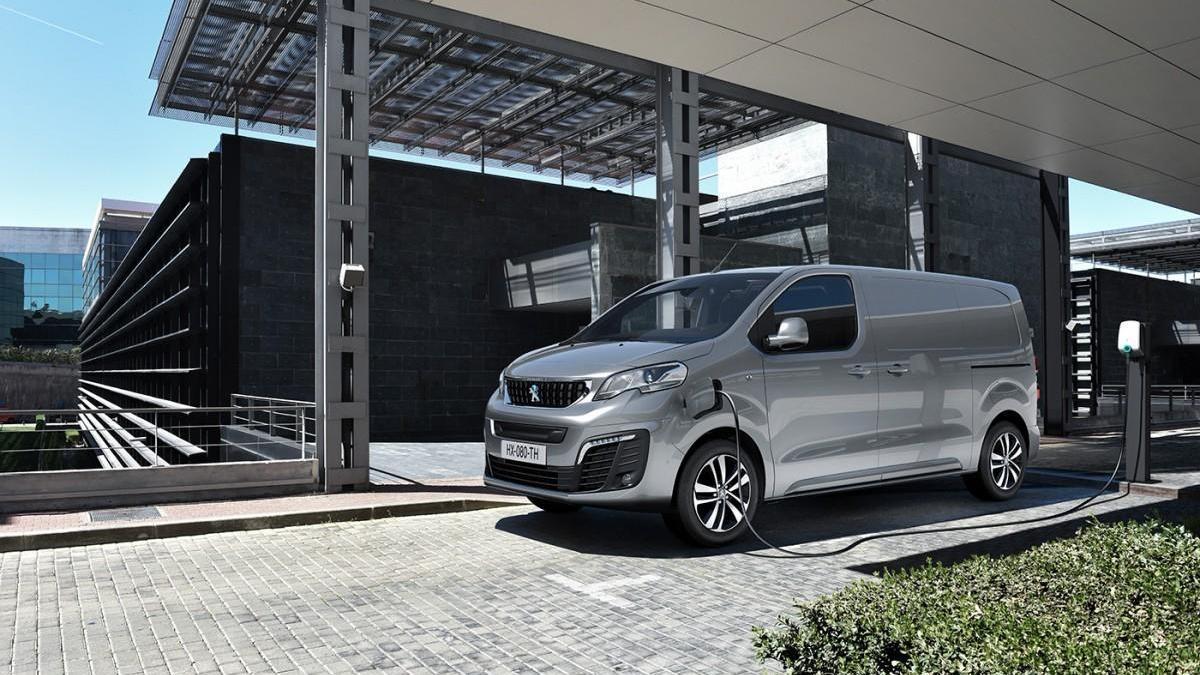 Peugeot presenta la furgoneta eléctrica e-Expert