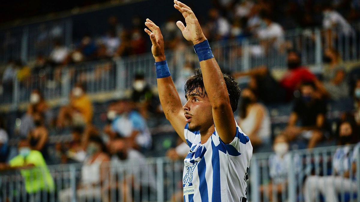 Kevin, jugador del Málaga CF, durante un partido de la presente temporada en La Rosaleda .