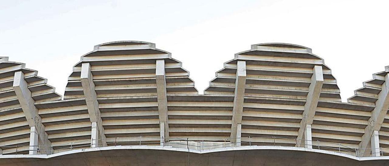 Las obras inacabadas del nuevo estadio  de fútbol   M.A.MONTESINOS