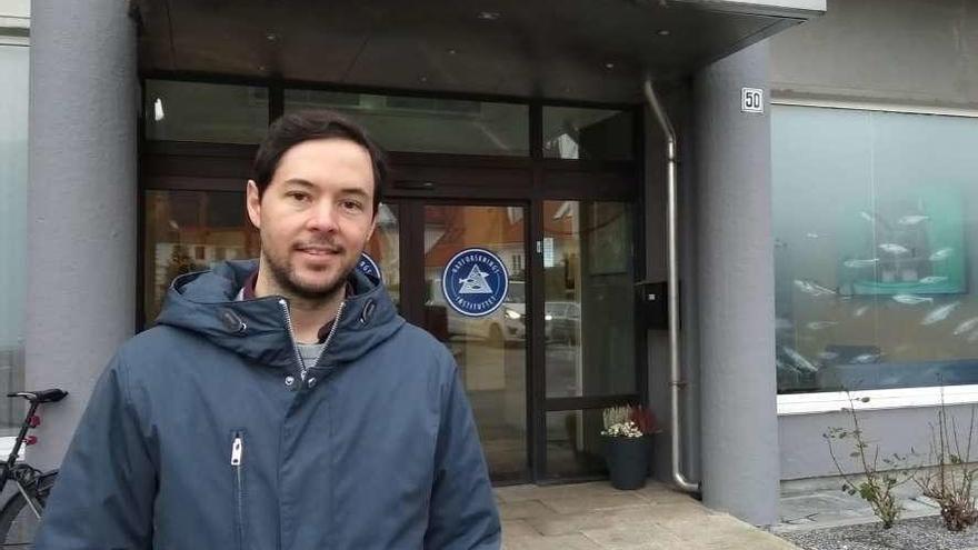 """Miguel Bao Domínguez: """"El anisakis siempre ha estado ahí, pero es posible evitarlo"""""""
