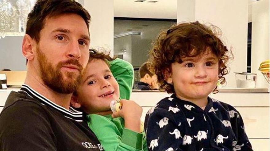 Messi s'uneix al #QuedateEnCasa davant el virus