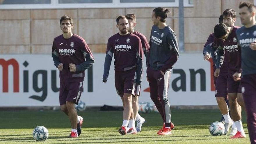 Alberto Moreno, novedad en el Villarreal para visitar al Atlético de Madrid