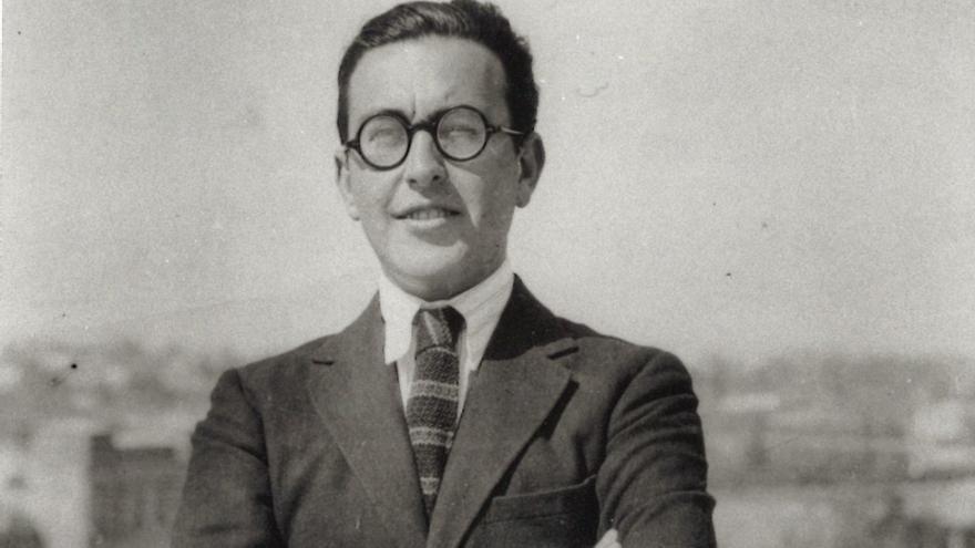 """Los """"nuevos papeles"""" de Emilio Prados"""