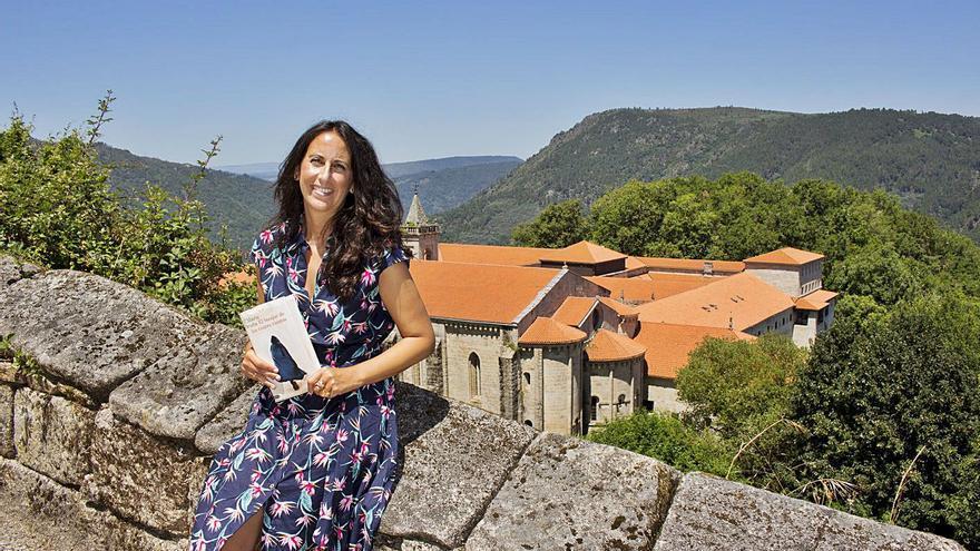 María Oruña no da por perdidos los cinco anillos restantes de los obispos santos
