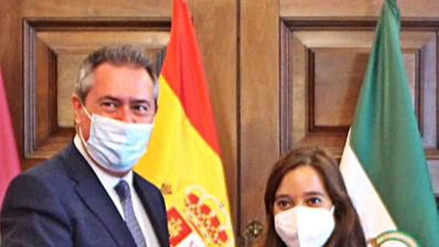 Convenio con Sevilla para impulsar proyectos de vivienda, turismo y educación