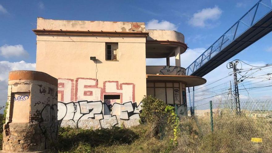 Nules bloquea la demolición de la estación de Moncofa por Adif