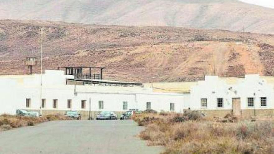 El Estado prevé abrir el CIE de El Matorral de forma pacial a mediados del próximo año