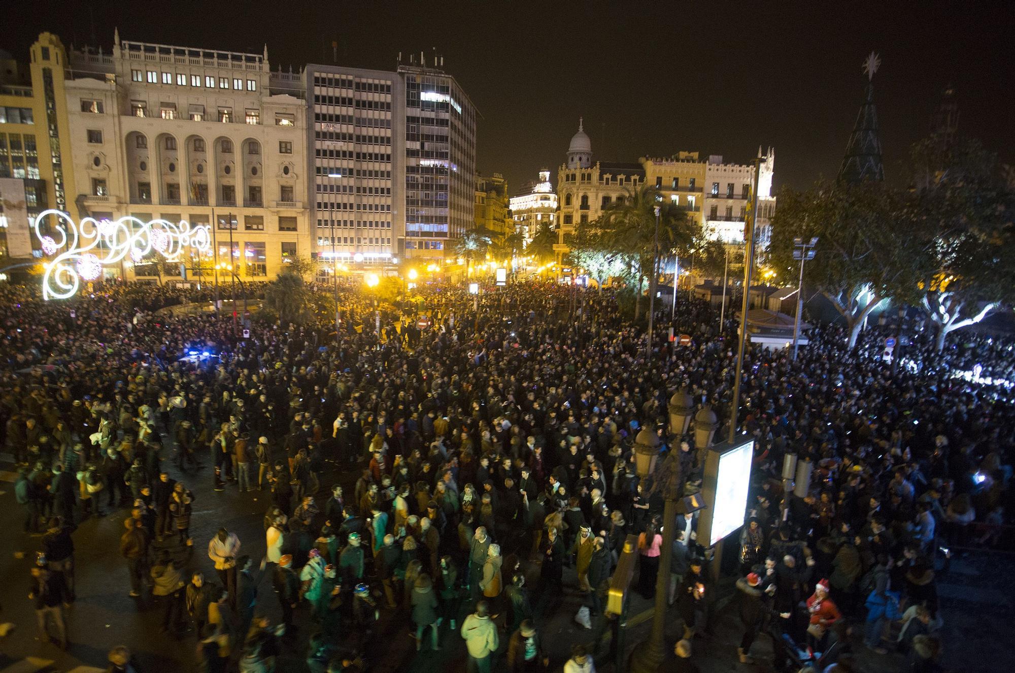 Así vivimos las últimas nocheviejas en València.