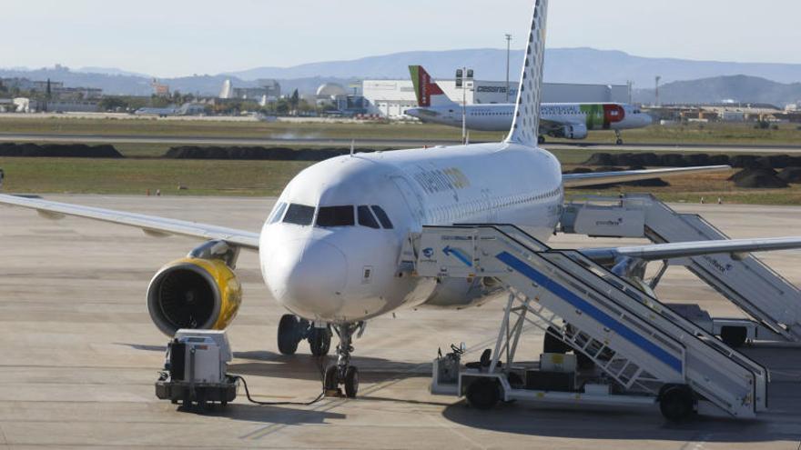 La niebla cancela la salida de un vuelo Sevilla-Valencia
