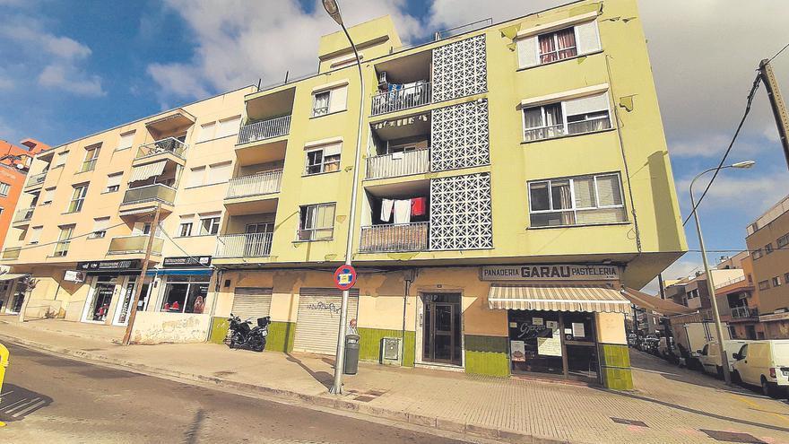19 intoxicados en el incendio de una vivienda en Palma