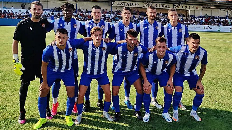 El Águilas cae por la mínima ante el Almería en su presentación