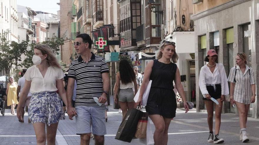 Keine Masken mehr im Freien: Aufhebung der Maskenpflicht auf Mallorca
