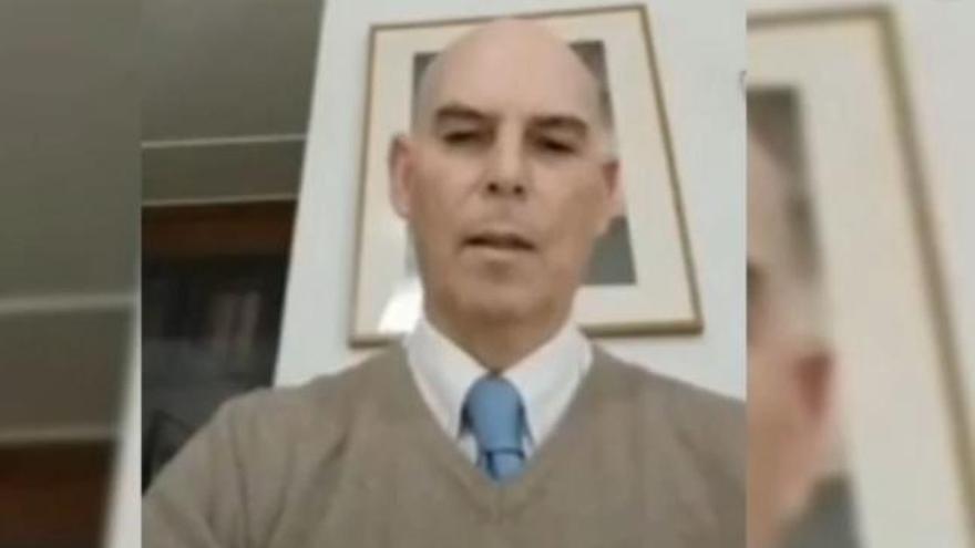 De la Cuesta, el jefe médico negacionista del Servicio Gallego de Salud que indigna a la profesión