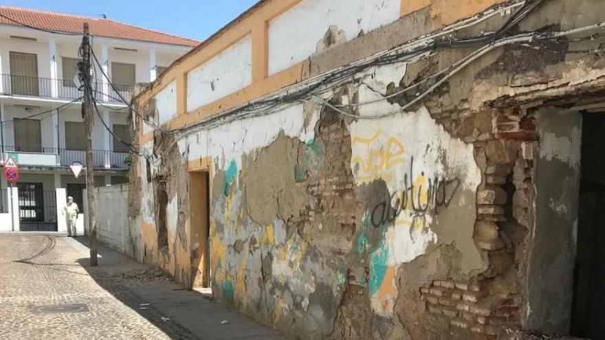 Galea Vetus pide actuar en una casa abandonada y llena de basura de la calle Hornillo