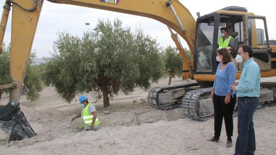 Inician las obras para mejorar el abastecimiento de agua en Albendín