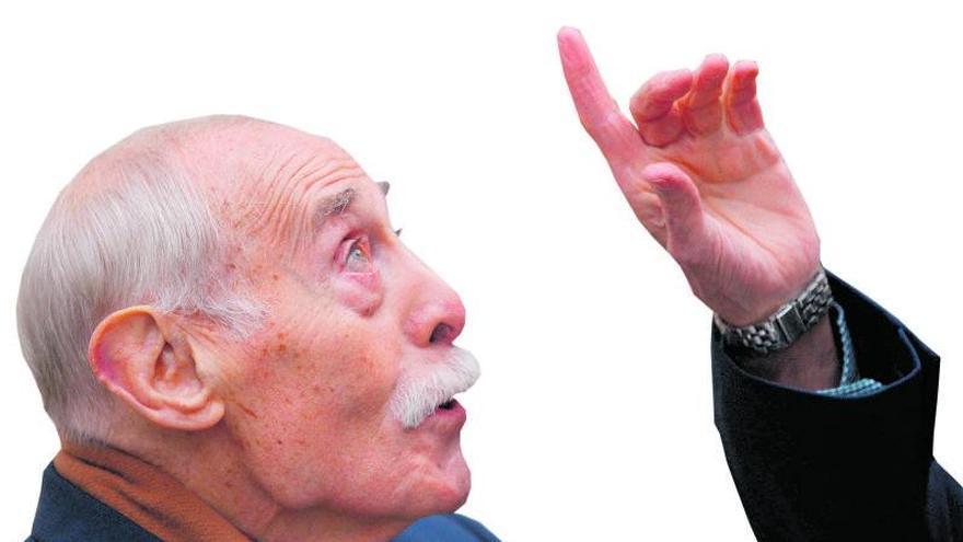 El gran poeta Jesús Hilario Tundidor descansará hoy en el panteón de los ilustres zamoranos