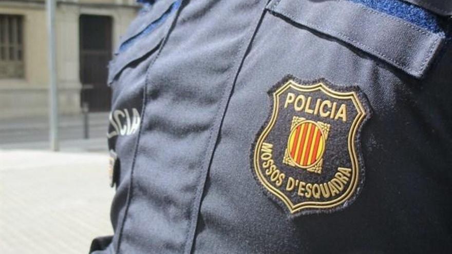 Els Mossos detenen sis homes per abusar sexualment de tres menors a canvi de diners i drogues a Girona