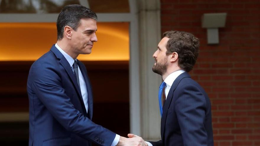 Sánchez pide a Casado que el PP apoye prorrogar la alarma