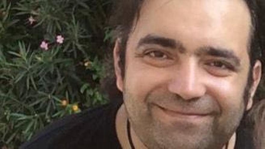 Buscan al poeta Salvador Marín Hueso, desaparecido desde este jueves