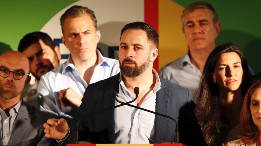 """Elecciones 26M: Vox carga contra """"un PP que camina sin rumbo"""""""