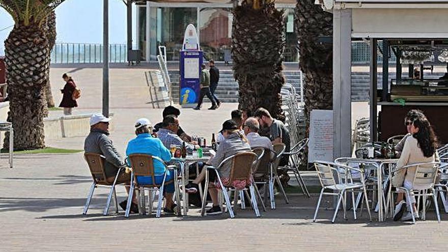 San Javier destina 330.000 euros en ayudas a hosteleros y comerciantes