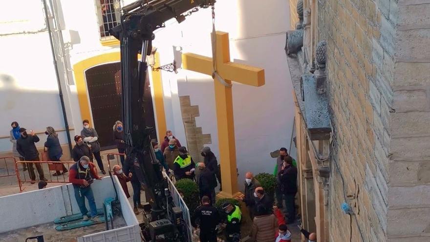 El juez desestima el recurso de Abogados Cristianos tras el derribo de la cruz de Aguilar