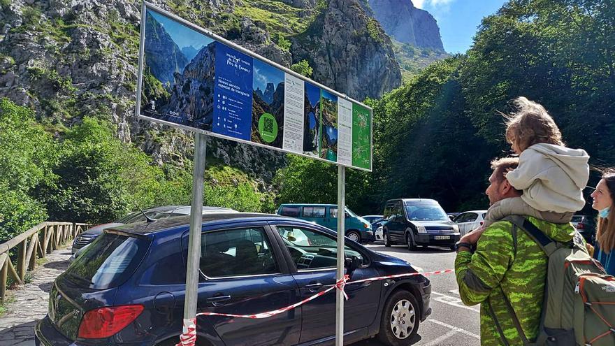 Cabrales mejora la señalización del plan de movilidad desde Arenas a Tielve y Sotres