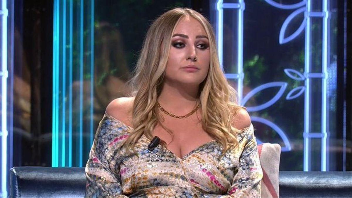 Rocío Flores no aguanta la presión mediática y estalla
