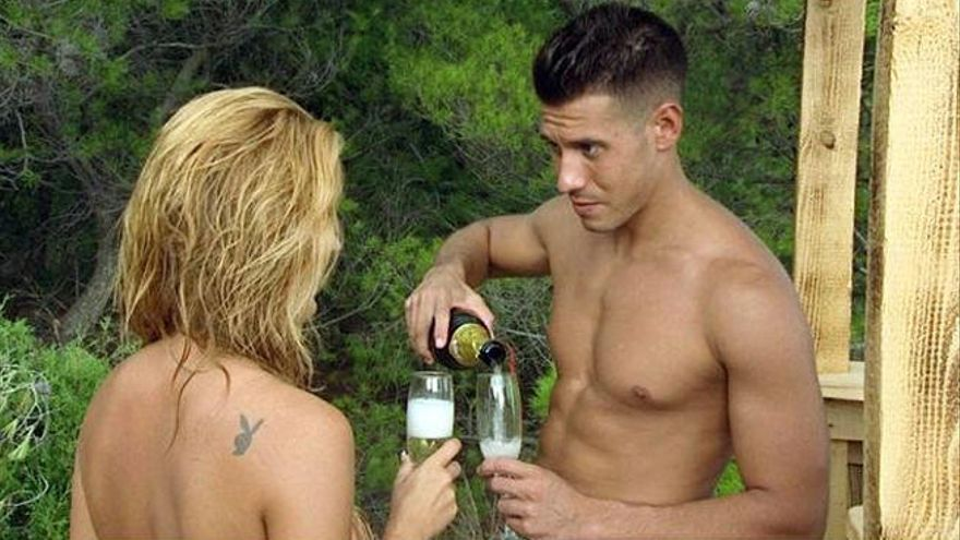 Adán y Eva, o cómo encontrar el amor de tu vida sin llevar ropa