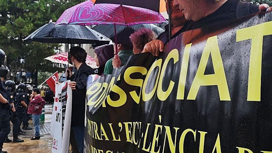 Profesorado asociado y estudiantes rechazan  la nueva 'ley Castells'