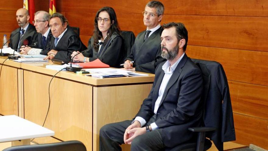 El jurado del caso Sala seguirá deliberando este domingo