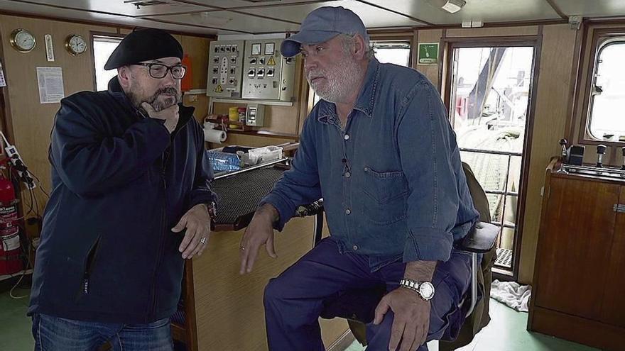 """A TVG coñece a vida dos tripulantes do """"Alba Mar"""" nunha semana de pesca gris"""