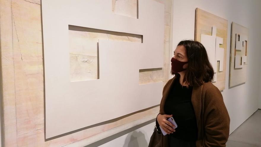 Presentan el catálogo de la exposición retrospectiva del artista Tur Costa