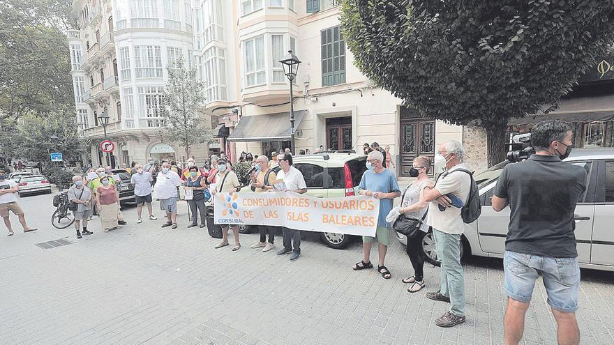 Protesta en Palma contra la subida de la factura de la electricidad
