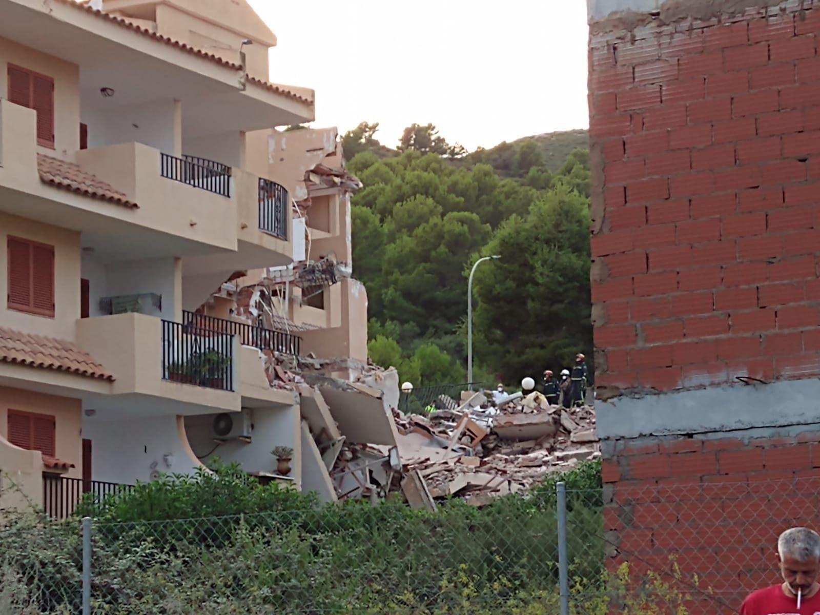 Derrumbe edificio en Peñíscola