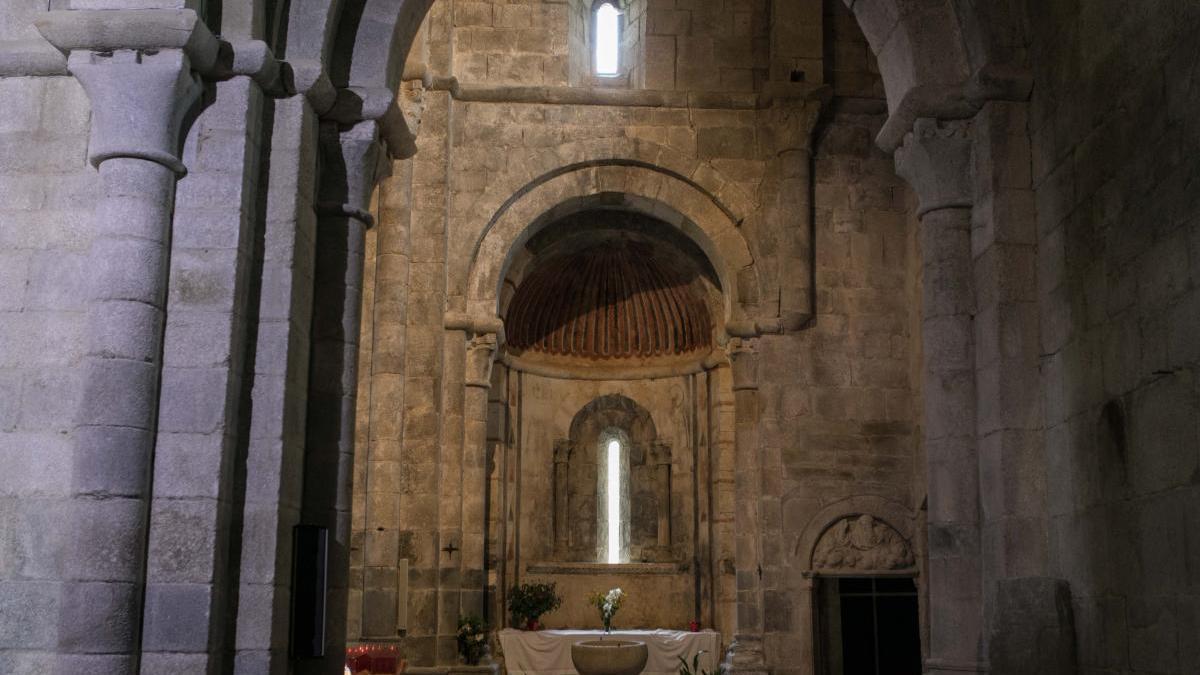 Interior de una iglesia de una localidad