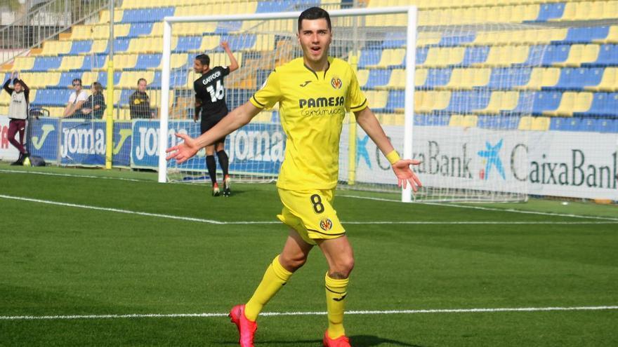 Mújica, goles y asistencias para el Oviedo