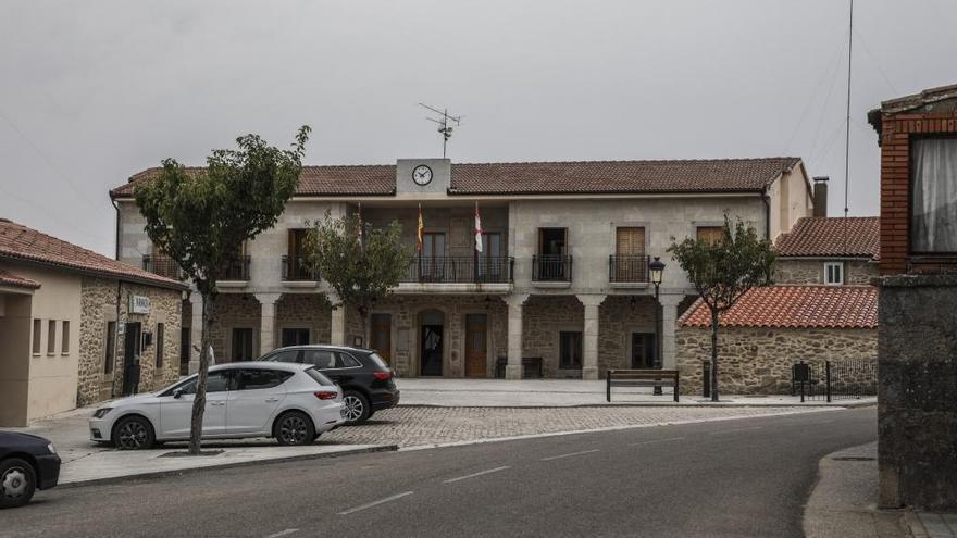 """El Ayuntamiento de Villar del Buey pide no tratar """"como apestados"""" a los infectados de coronavirus"""