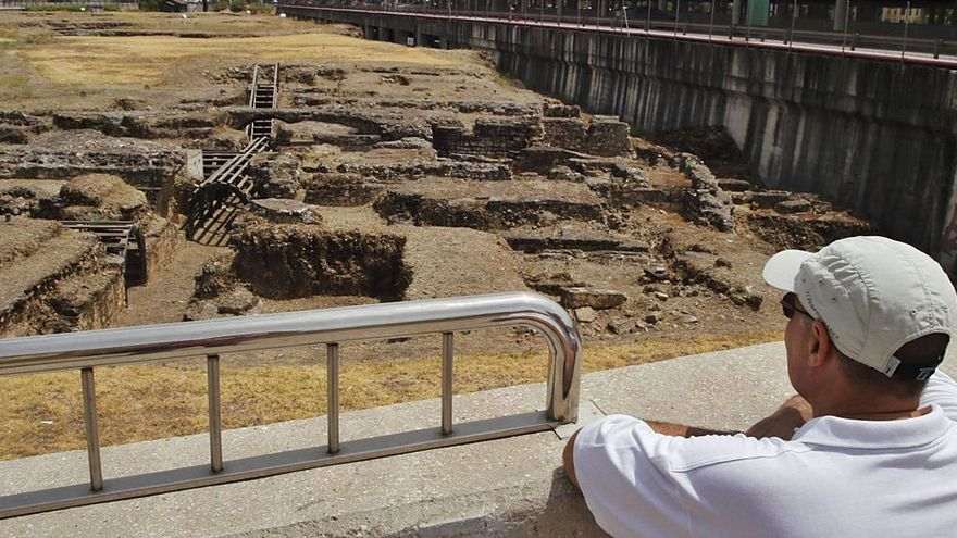 Cercadilla, «ruinas y jaramagos»