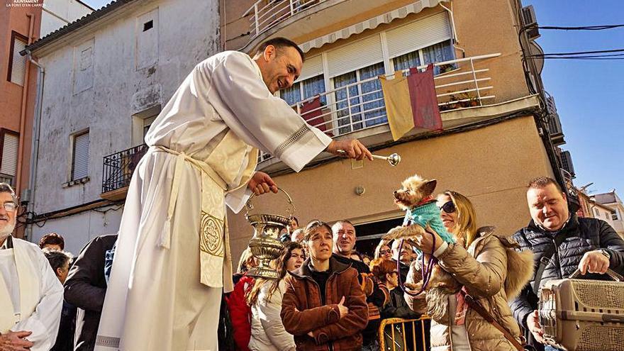 La Font d'en Carròs ajorna fins a març el Porrat de Sant Antoni