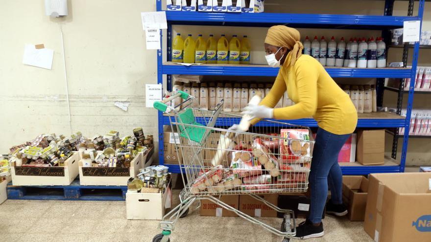 Càritas Girona extrema precaucions als centres de distribució d'aliments