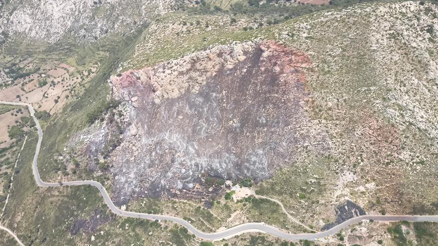 Extinguido el incendio forestal en el Coll de sa Gramola