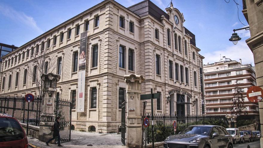 El Ayuntamiento de Alcoy adquiere 27 obras del proyecto INDUSTRI.ART por valor de 20.000 euros