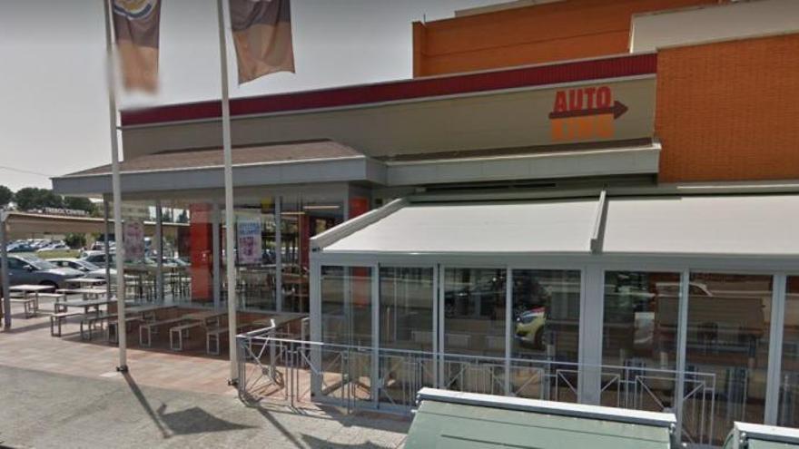 """Ahuyentan a un ladrón en un Burger King de Murcia al grito de """"¡Policía!"""""""