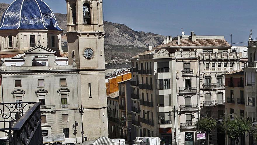 Alcoy recupera 360 habitantes tras perder casi 3.000 en la última década