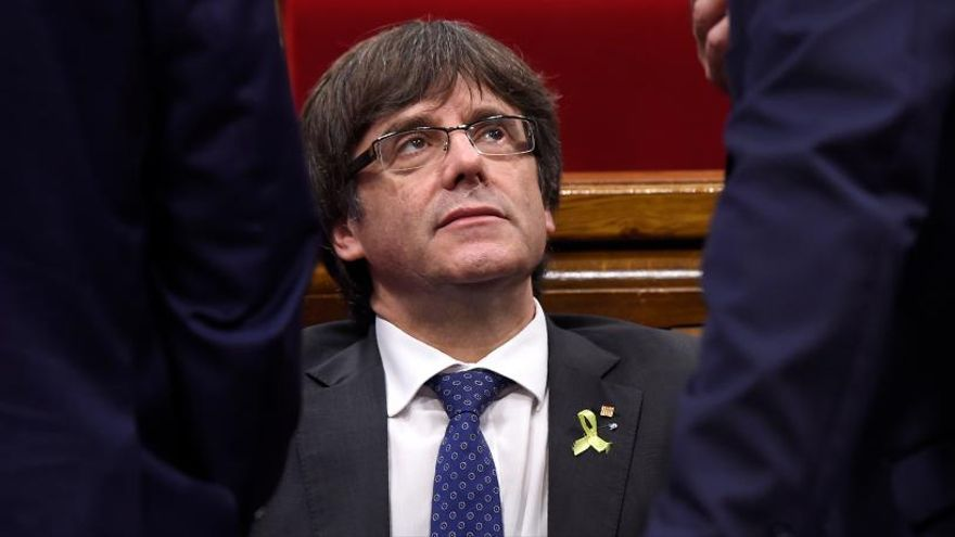 El abrazo de oso de Puigdemont